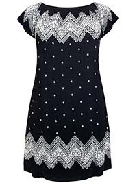 Seppala Woman BLACK Border Print On-Off Shoulder Jersey Dress - Plus Size 16/18 to 28 (Large to 3XL)