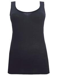 M&5 BLACK Merinotec Thermal Dipped Hem Vest with Merino Wool - Size 8 to 18